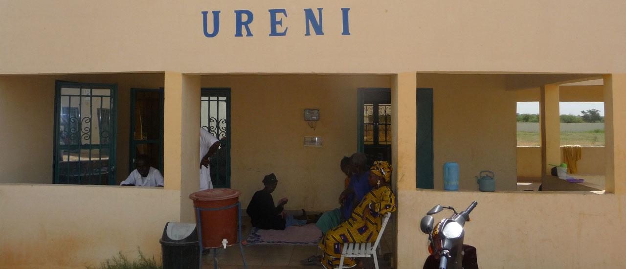 Luchando contra la malnutrición infantil en Mali: un ejemplo de resiliencia comunitaria