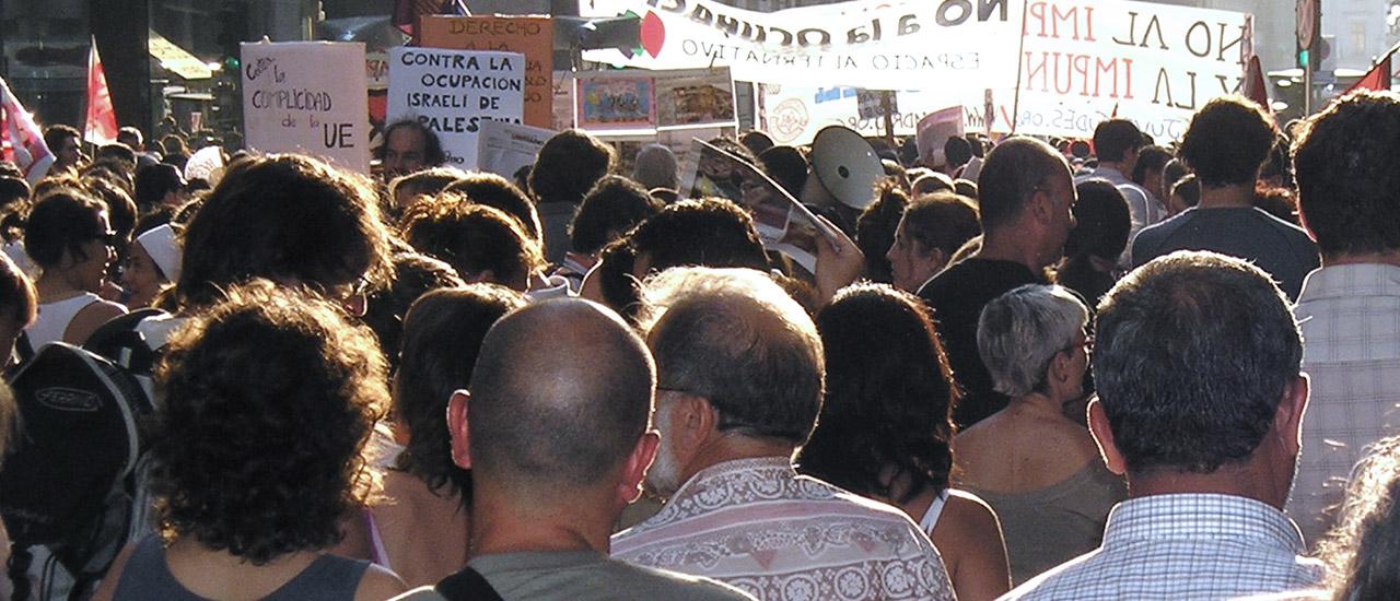 Periodisme i comunicació davant els conflictes socials propers
