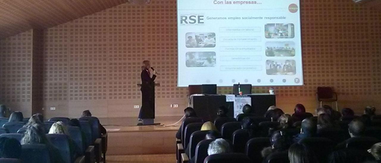 Empresas y personas emprendedoras se unen para fomentar el empleo en Vallecas