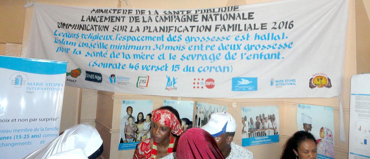Campaña de sensibilización sobre planificación familiar en Tahoua (Níger)