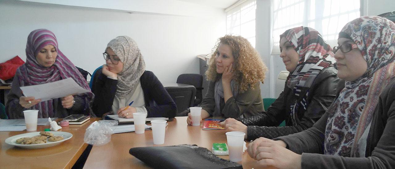 Grupos de apoyo a nuestra actividades de EpD con mujeres de origen marroquí y voluntarias de nuestro grupo de teatro social