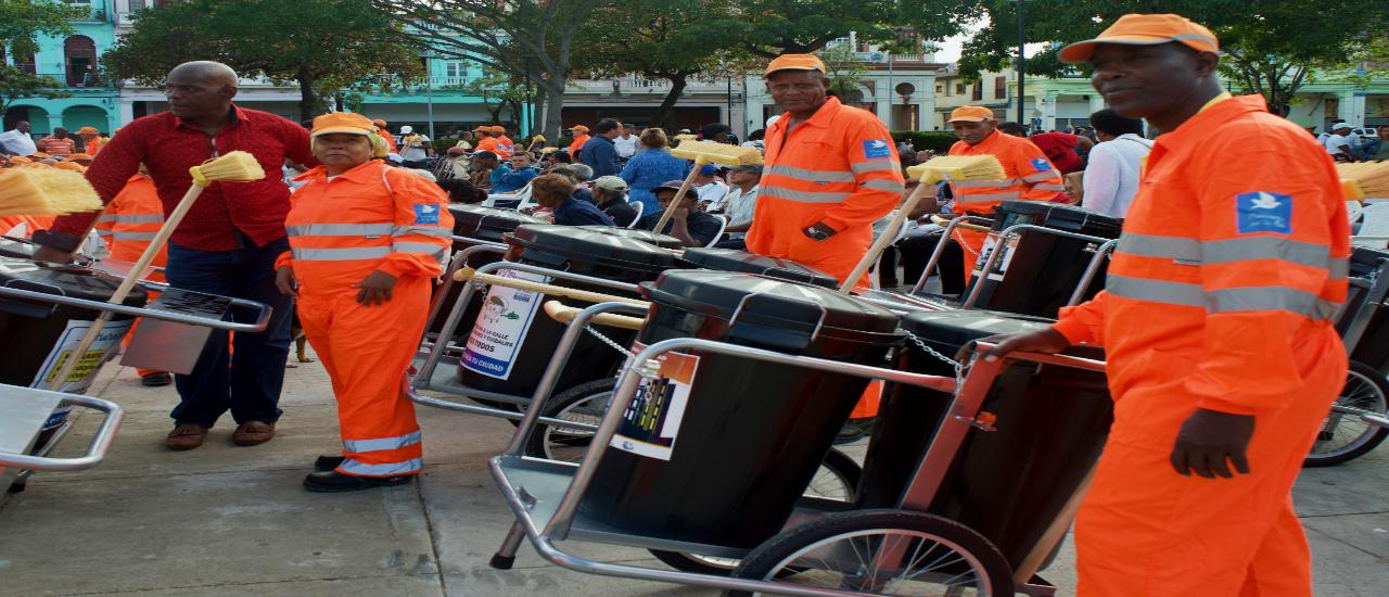 En marcha un proyecto de limpieza urbana en el municipio de Centro Habana